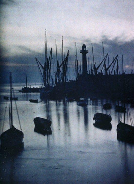 John Cimon Warburg. The harbour. Autochrome.