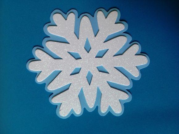 Floco de neve Frozen, feito em e.v.a. com glitter! Pode ser utilizado como aplique e em decorações de festas infantis, apenas 2,00 cada!