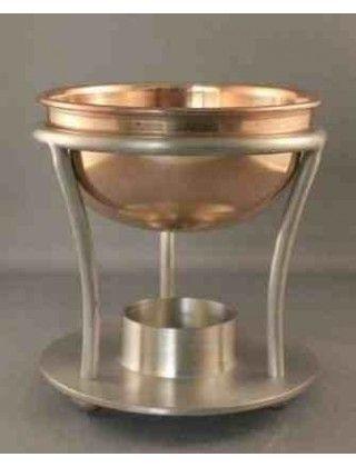 Bruciatore per oli fragranti   L'olio fragrante può essere utilizzato per fare saponi e candele, profumi, prodotti per la cura del corpo e utilizzato come pot-pourri e per profumare gli ambienti.   Uso: 5ml per ogni 1kg di cera; 5-15 ml per ogni 500g di base per saponi; 6-10 gocce per ogni 100ml di bagno/doccia schiuma; 4-5 gocce per ogni 100g di pot-pourri.   Attenzione: Non usare per i burrocacao, può irritare la pelle in alcuni individui. Solo per uso esterno.