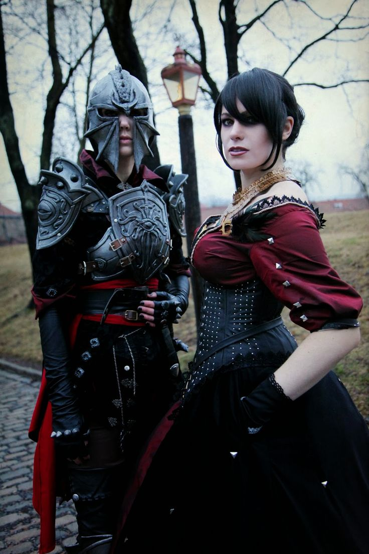 Morrigan cosplay from Dragon Age: Inquisition.  BROOO I want to cosplay her court dress so bad >.> Also Leliana's Nightingale clothing.