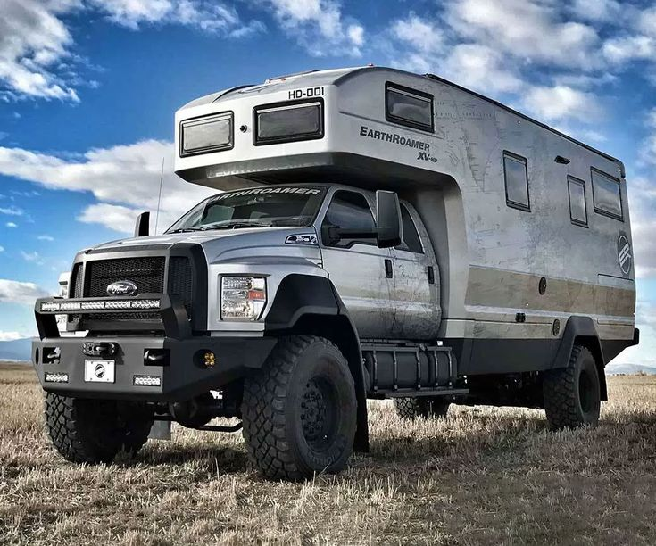Earthroamer Luxury Overland Vehicle -- The Earthroamer enjoyment overland vehicle is your ticket to cosmic mechanized off-grid breathing without include to abandon the enjoyment of home. It bluster a 6.7L V8 turbo engine, grand gas and rain tanks, a hydraulic suspension system, and an judiciously create enjoyment interior.