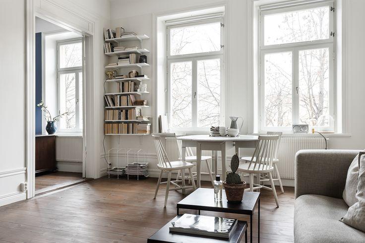 home tour, fantastic frank, josefin hååg, scandinavian interior styling, dining room inspiration via http://www.scandinavianlovesong.com/