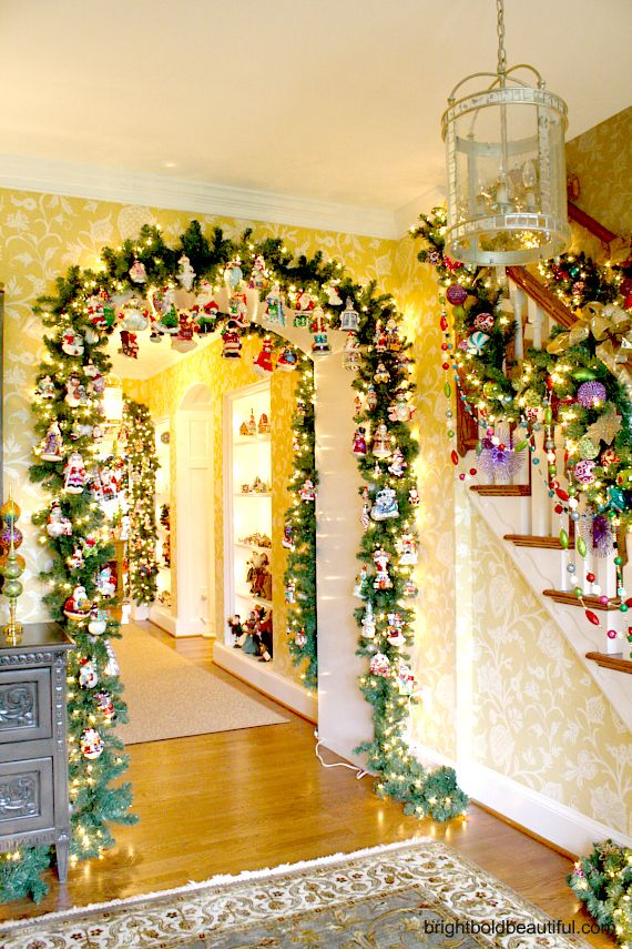 167 Best Christmas Staircase Decor Images On Pinterest Christmas