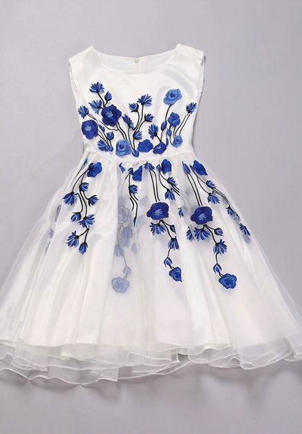 Pretty Organza Ball Gown Dress