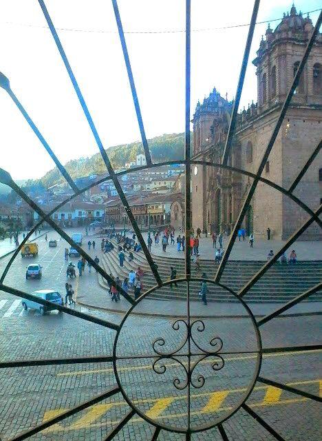 Catedral de Cusco. Desde Starbucks