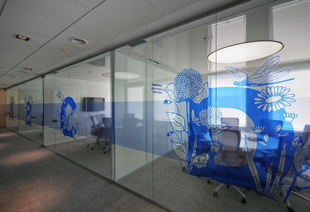 MercadoLibre Argentina's Offices. Would love to have glass walls + translucent decals.