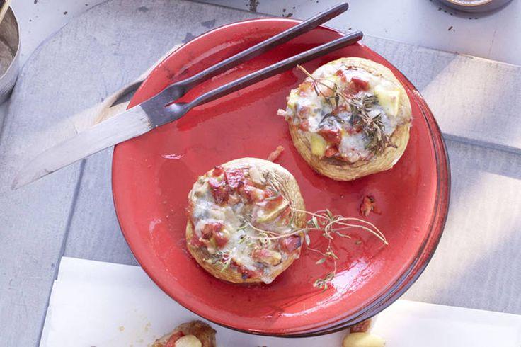 Das Rezept für Gefüllte Champignons mit Chorizo-Wurst mit allen nötigen Zutaten und der einfachsten Zubereitung - gesund kochen mit FIT FOR FUN