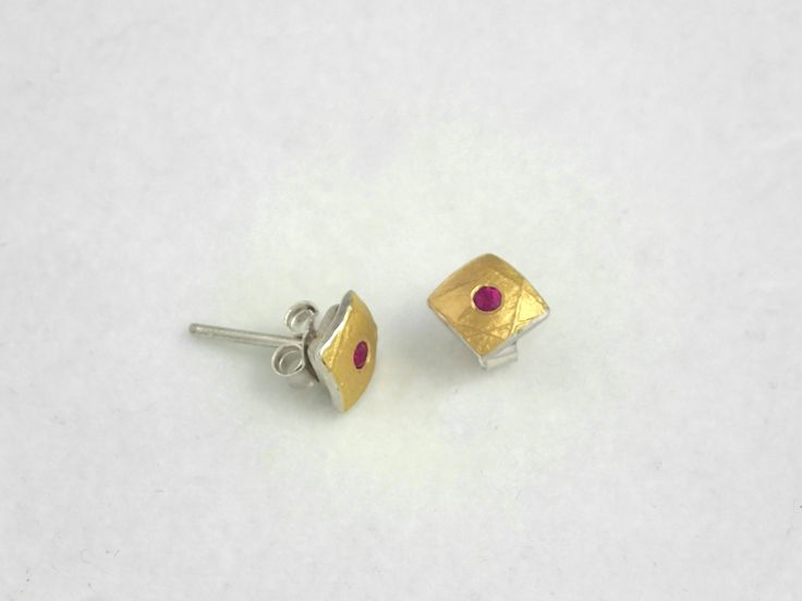 Minimal hammered gold and silver square earrings with a genuine ruby and a rough surface. by TomisCraft on Etsy