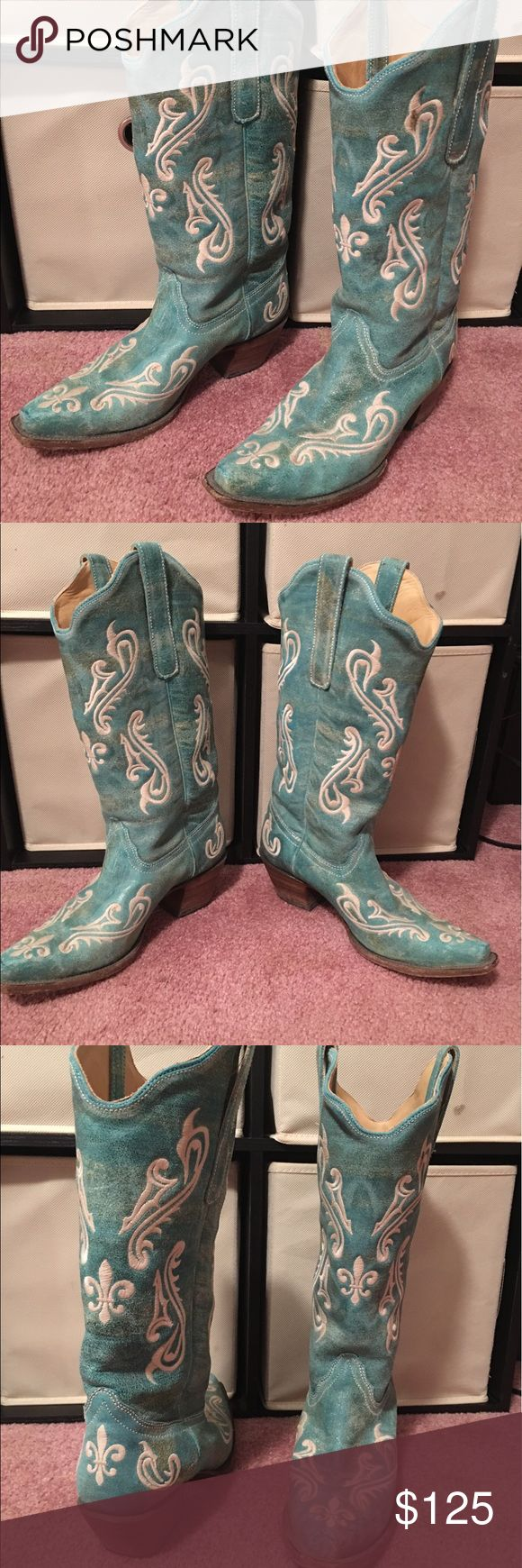 Corral Cowboy Boots (woman's) Woman's pointed toe Cowboy Boots Brand: Corral Size: 9 Width: Medium Corral Shoes Heeled Boots