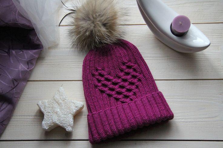 Авторская шапка с сердцем из аранов. Handmade beanie Celtic heart