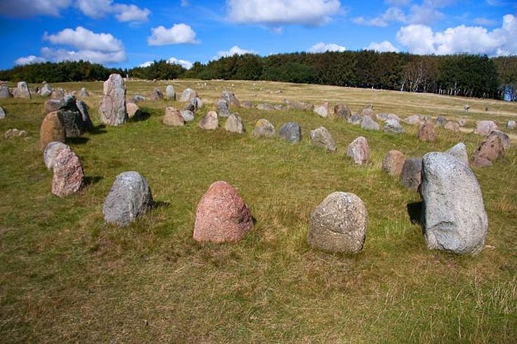 Lindholm Høje Burial Site With 700 Graves Dated To The Iron And Viking Ages