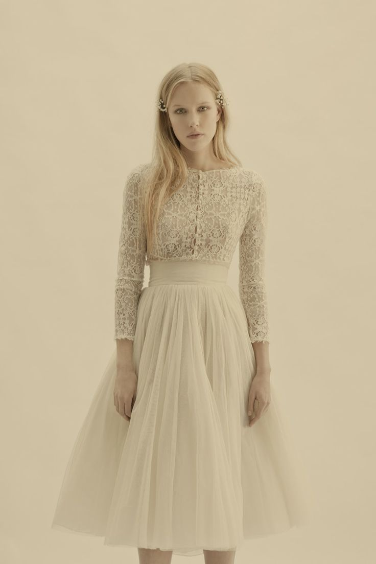 #wedding #dress #sleeves #vintage #lace #tulle #short #lovely