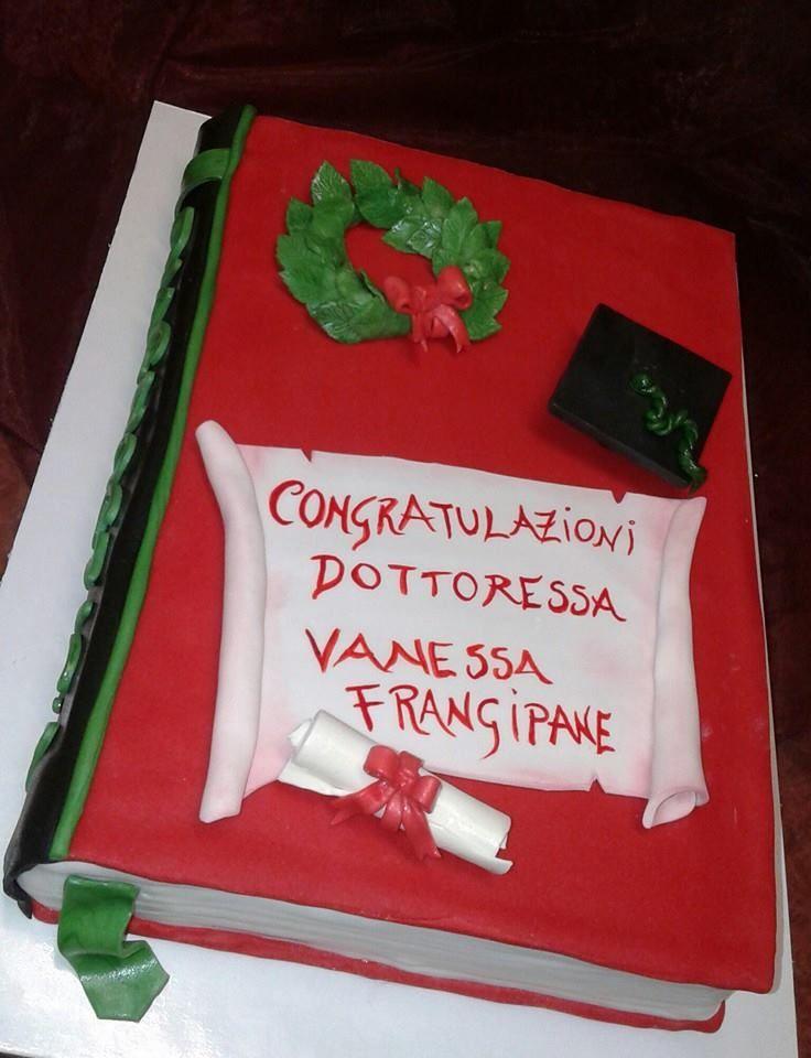 Torta di Laurea cake design  Pasticceria Bellucci a Firenze