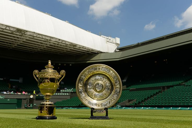 The Gentlemen's Singles Trophy and the Ladies' Singles Trophy at Wimbledon - Thomas Lovelock/AELTC