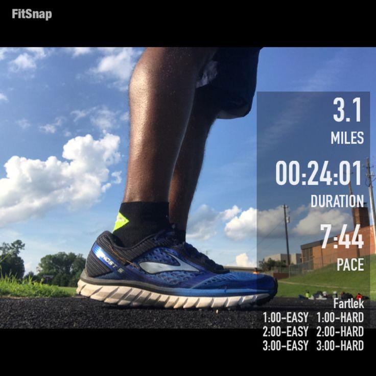 #zensah #withoutlimitz #xc #running #fitlife #teamzensah #athlete #run #runner #runtoinspire #lacepacerace #runnersofinstagram #runhappy #instagood #bibravepro #runnerscommunity #fleetfeetral #bibchat #gettheworldrunning #runnc #werunsocial #instarunner #instarun #wearetherunners #MMFitFam #MoveMoreFitness #MoveMoreFitnessAmbassador  #ajv #brandambassador