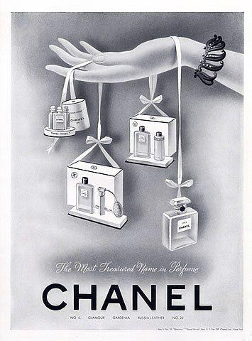 Chanel N°5 Glamour Gardenia Russia Leather N°22 , 1942