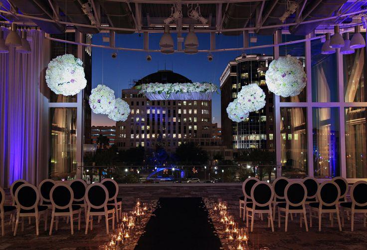 Indoor elegant wedding venue in Orlando FL.| Wedding ideas. Wedding venue.  Photographer: Tabitha McCausland photography