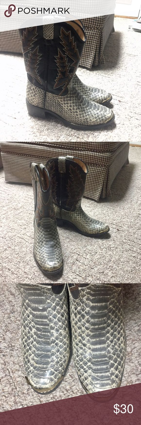 Kids Durango Snakeskin Cowboy Boots Ass kicking kid cowboy boots with snakeskin and leather. Worn before but Saturday boots with many more days ahead of them. They look great! The metal on the front of the right toe is bended slightly. Still, in very good condition! Durango Shoes Boots