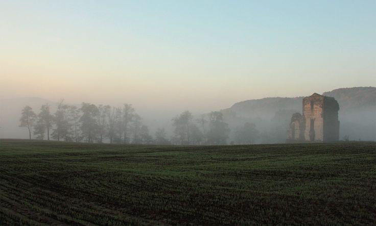 Klastrom hajnalban - Katona Ádám fotója