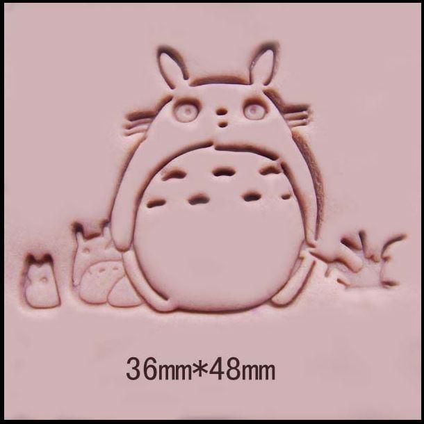 [Visit to Buy] My Neighbor Totoro pattern Handmade soap stamp mold chapter mini DIY patterns resin chapter molds 3.6*4.8cm #Advertisement