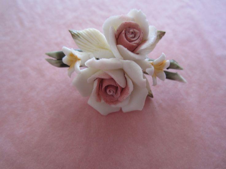 Fine porcelaine pink rose broach