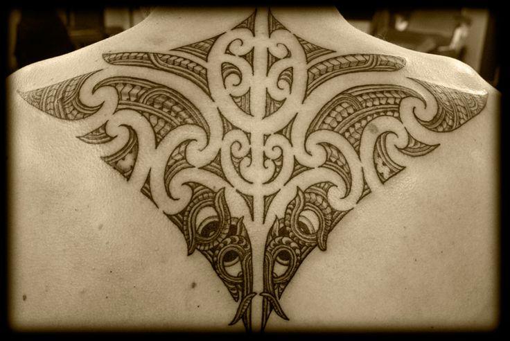 Custom-New-Zealand-Kirituhi-Ta-Moko-Pacific-Tribal-Maori-Back-Shoulder-Tattoo-Design_tattoo-gallery.jpg (900×602)