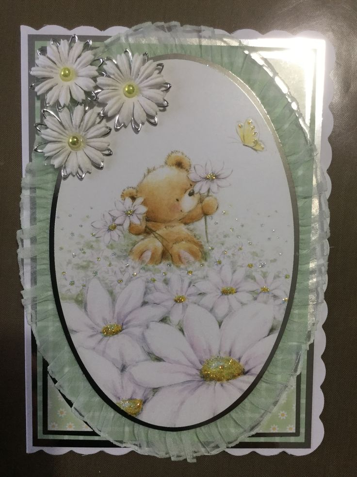 I used the Hunkydory whopper pad cute and cuddly for this 7 x 5 card