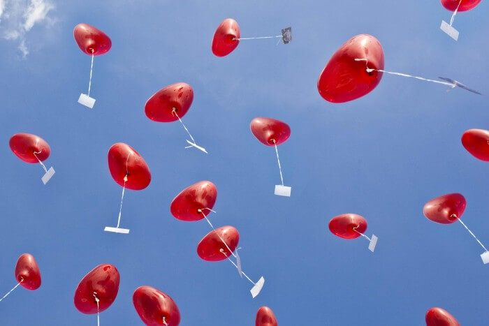 Helium balloons for the wedding – important tips & great alternatives