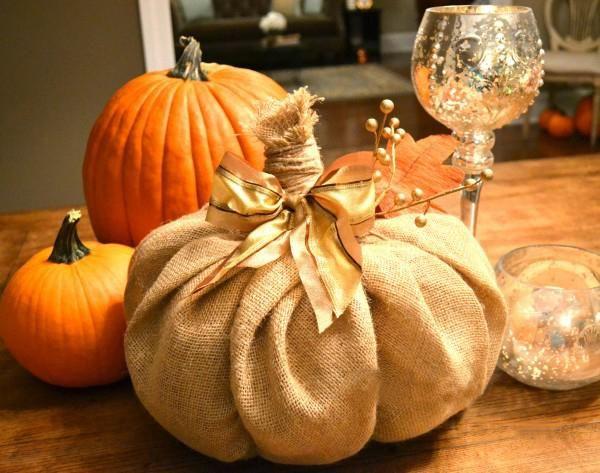 Tutoriel Halloween - Citrouille DIY en toile de jute