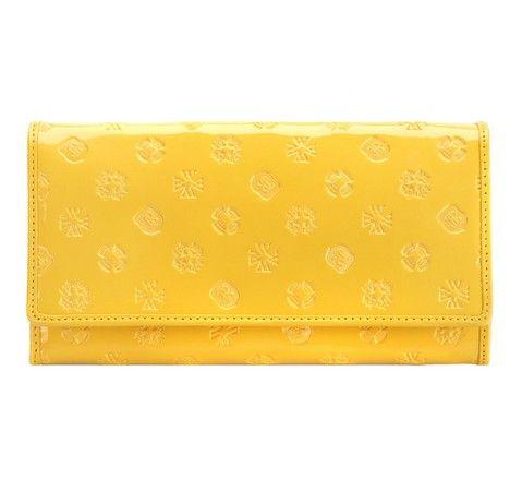 Żółty portfel z kolekcji Signature.