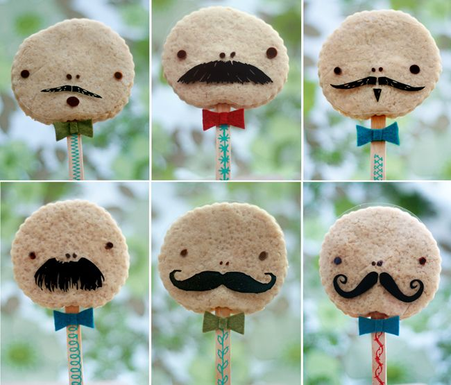 Cookie Fellows are Moustachioed Men - foodista.com