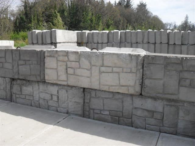 Best 25+ Concrete Block Retaining Wall Ideas On Pinterest