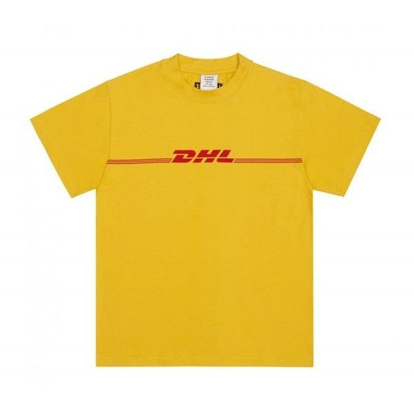 Vetements DHL T-Shirt (Yellow) ❤ liked on Polyvore featuring tops, t-shirts, yellow top, urban t shirts, yellow t shirt, urban tees and streetwear t shirts