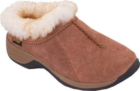 Women's Old Friend Snowbird II Clog Slipper - Chestnut Leather with FREE Shipping & Exchanges. Pamper your feet and keep them toasty in chilly weather with the Snowbird II Clog Slipper. Accented