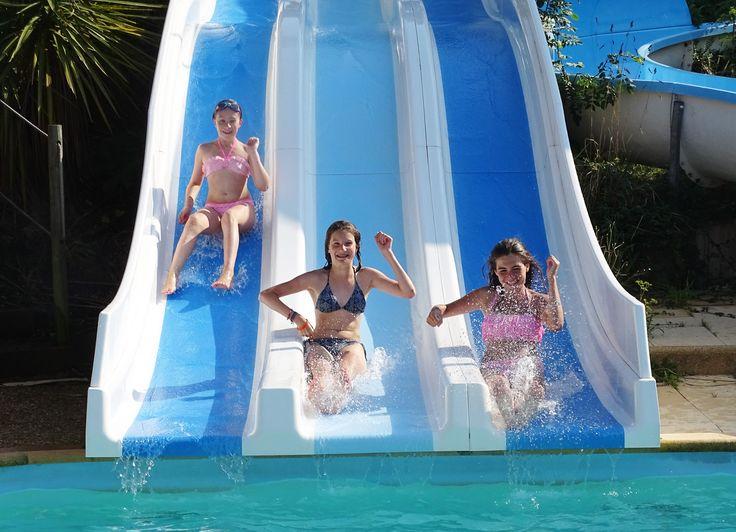 17 meilleures id es propos de toboggan de piscine sur for Camping piscine toboggan
