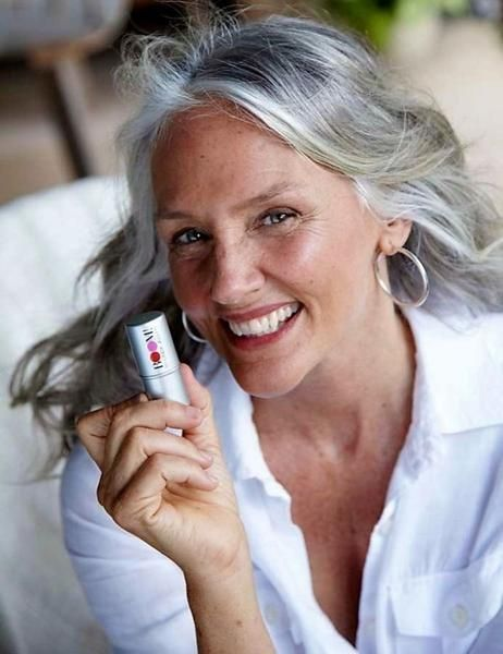 5 Makeup Tips For Older Women By 64 Year Old Makeup Artist Turned Super Model Ci…