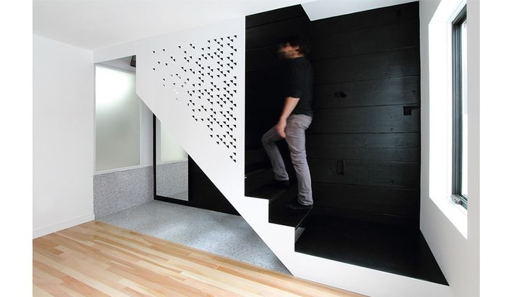 An Old Home in Montreal Gets a Modern Interior | azuremagazine.com