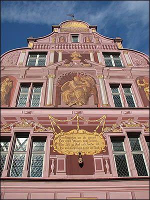 Pignon de l'hôtel de ville de Mulhouse