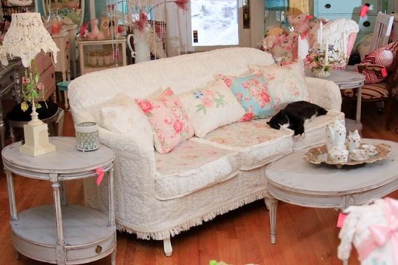 ... ://www.etsy.com/listing/66375846/shabby-chic-sofa-chenille-bedspread