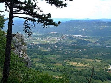 Town and surrounding villages, Buzet, Croatia