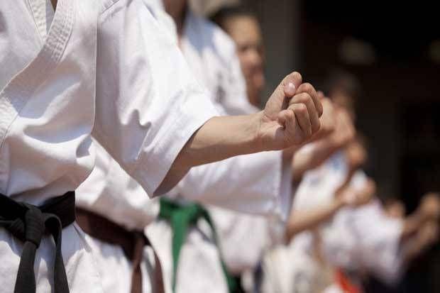 Dua Karateka Bandung Bawa Pulang Medali dari Thailand