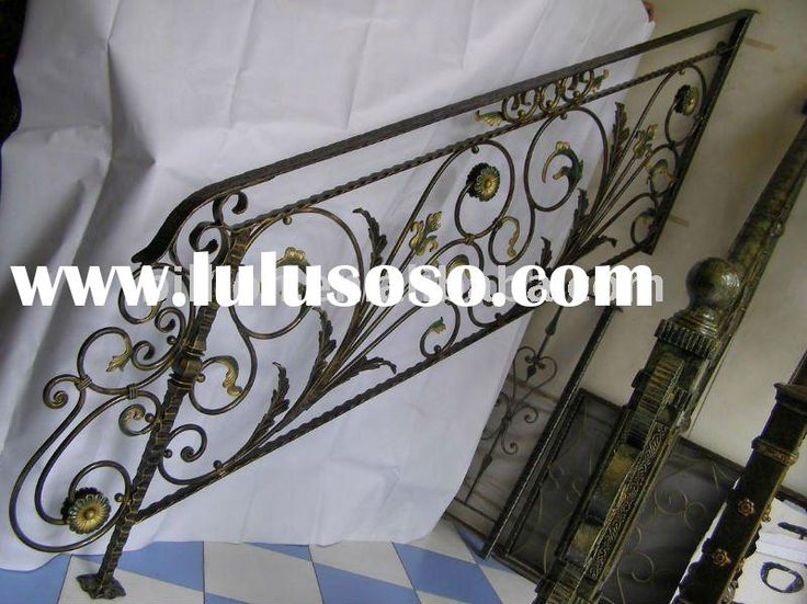 1000 ideas about outdoor stair railing on pinterest - Exterior wrought iron handrails for steps ...