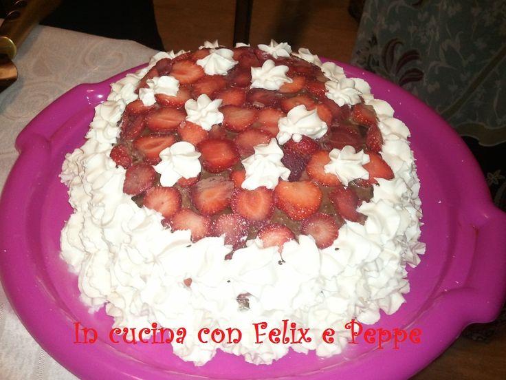 TORTA PANNA E FRAGOLE http://felixmakeuptutordelbenessere.blogspot.it/
