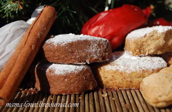 ! Polvorones, как и туррон - типично рождественские сладости, без которых не обходится, пожалуй, ни…
