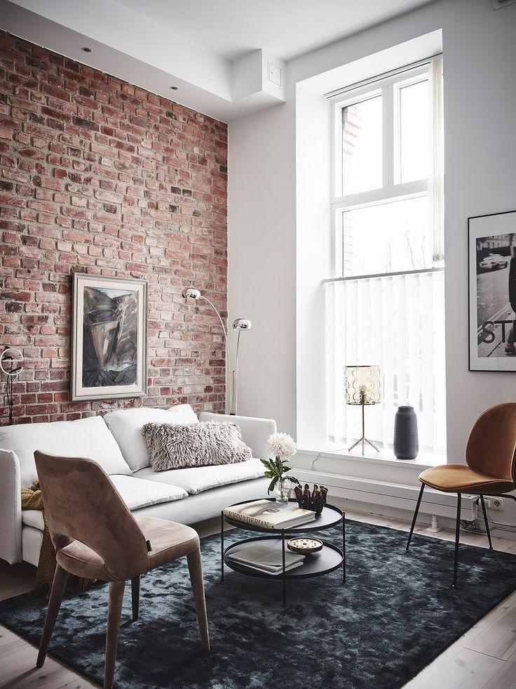 Entrance Fastighetsmäkleri  #interior #inredning #detaljer #design #industri #tegelvägg #brickwall #home