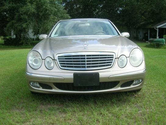 2005 Mercedes-Benz E320 CDI Sedan - Price US$17.067,00