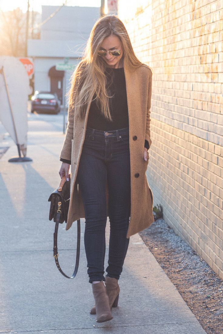 Angela Lanter outfit.