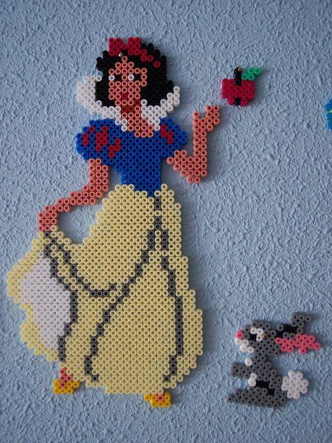 Snow White hama beads by Juan José Prieto