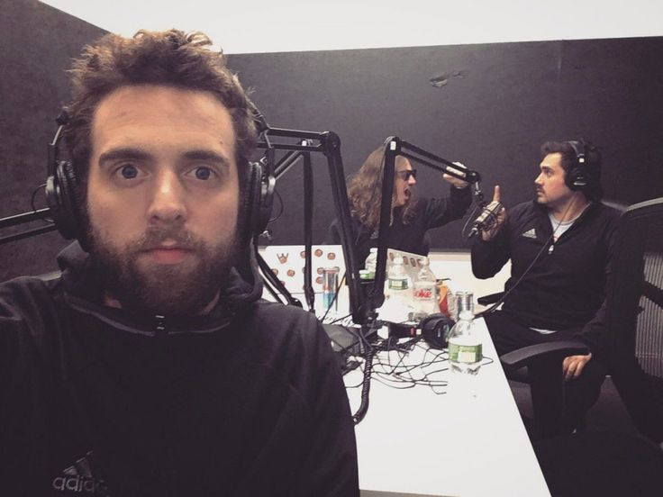 Produced by Hank Lockwood , Pardon My Take and Barstool Sports – Barstool Sports are podcasts that deliver the most up to date sports news with daily guests and topic discussions. The presenters are no strangers to work selfies, and posted this great in-studio shot during a recent mid-January recording session.