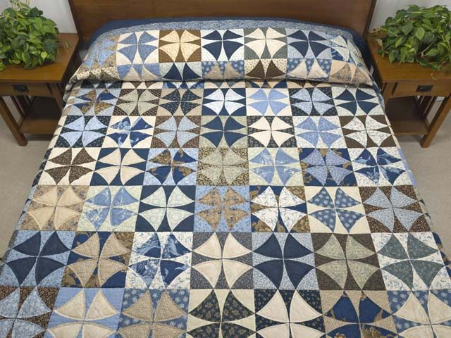 Winding Ways Quilt -- gorgeous ably made Amish Quilts from Lancaster (hs6135)